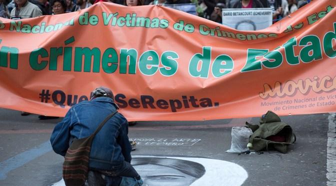 """2008: En medio del escándalo de los """"falsos positivos"""" y de la parapolítica"""