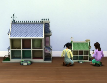 mts_plasticbox-1530418-dollhouse-victorian-small_size-comp