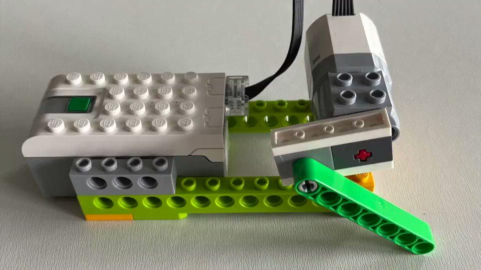 GUJ8 PH1zFf8JgRS - Raising Robots - LEGO Mindstorms EV3 & WeDo