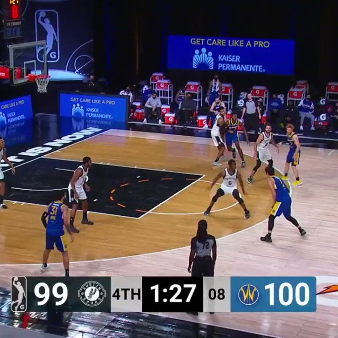huge bucket from @JLin7   catch the end of this one on @NBATV/@Twitch: https://t.co/afrpV9K9Zm