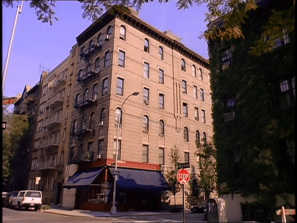 F R I E N D S Fan On Twitter The Friends Apartment
