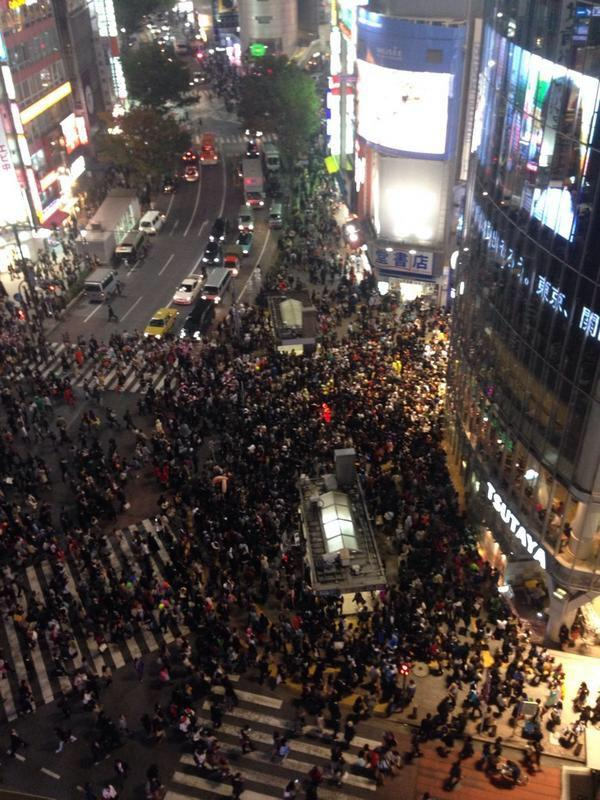 test ツイッターメディア - 渋谷すごいことになってるな。笑 人人人人。 #渋谷 #ハロウィン https://t.co/YyQQybqYvd