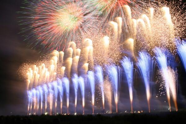 test ツイッターメディア - 【秋田県】 大曲の花火1 https://t.co/ikr7ZVQu4U
