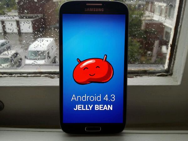 BWcwSjIIMAAUJSP Download Android 4.3 per Galaxy S4 Ufficiale: Novità e guida Installazione ultimo firmware XXUEMJ5 [SUPER ANTEPRIMA]