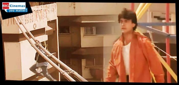 Image result for Zindagi mein teen cheezon ke peechey kabhi nahin bhagna chahiye-bus, train aur chhokri