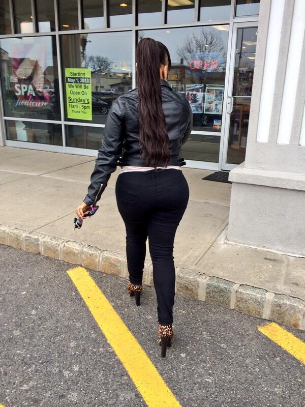 Big Ol Ghetto Booty  F0 9f 8c 9d Pic Twitter Com Mtklaudznv Dammnnn Thts Yo Mamacousin Put Mee Onnnn Asap