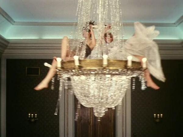 Sarah Vickers On Twitter I Want To Swing From The Chandelier With Sia Http T Co Opwevjvfn0