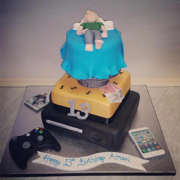 Shemakesandsupplies On Twitter 13th Birthday Cake Xbox360 Fifa Iphone Money Bed Boy Gold Black 13thbirthday Cake Http T Co Ewlzr48tte