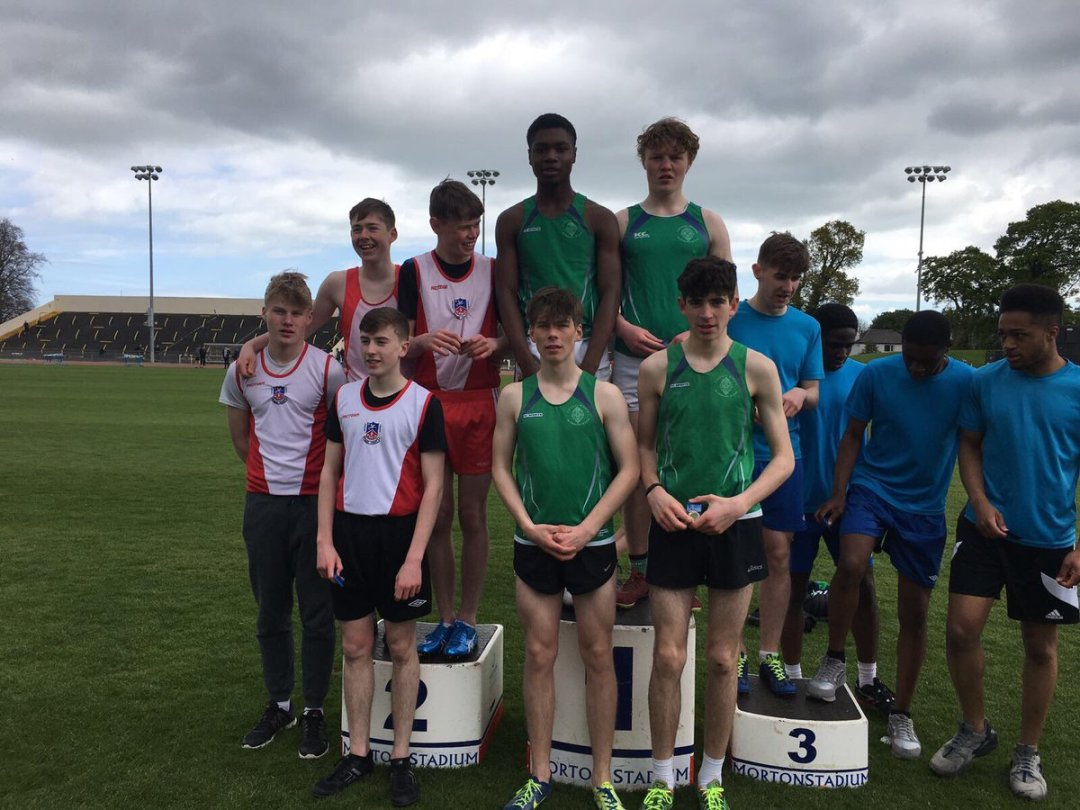 Well done to Coláiste Mhuire's Under 16's 4x300m relay team, North Leinster Champions yesterday! 🏆 #athletics