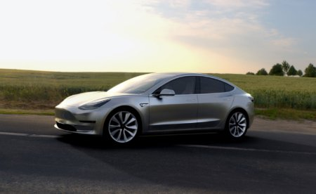 Tesla's enhanced autopilot to arrive before New Year   #Tech #News #IoT