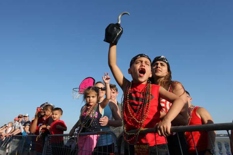 A calmer Gasparilla parade for the kids sans beer and sin