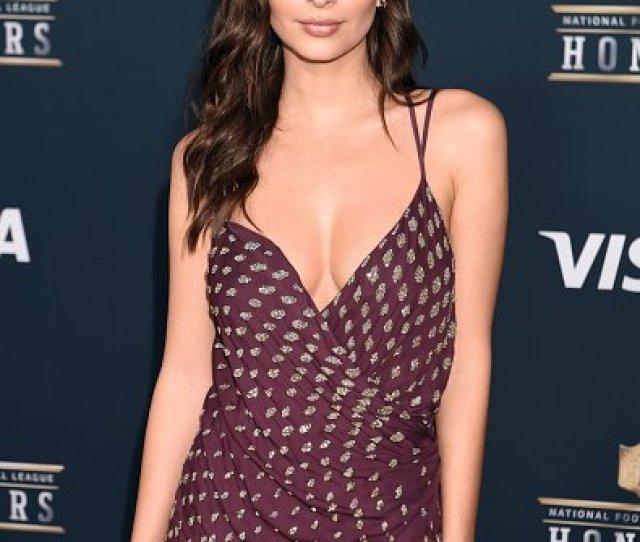 Emily Ratajkowski No Doubt Had Guys Hot Under The Collar Upon Sight Of Her Kayat Dress
