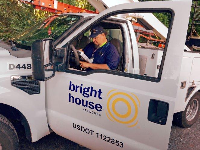 More Spectrum customers report mistaken fee on their bills