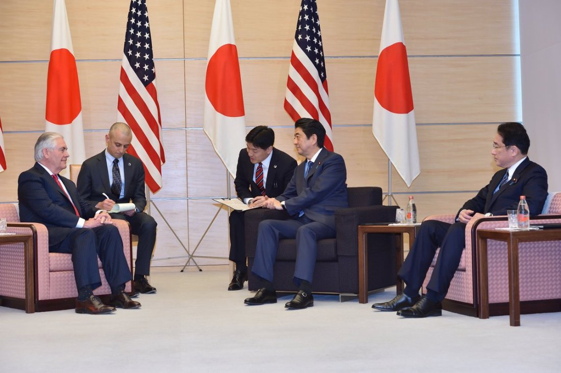 #SecState Tillerson met with PM @AbeShinzo to reaffirm strength of US-Japan alliance & discuss shared goals.