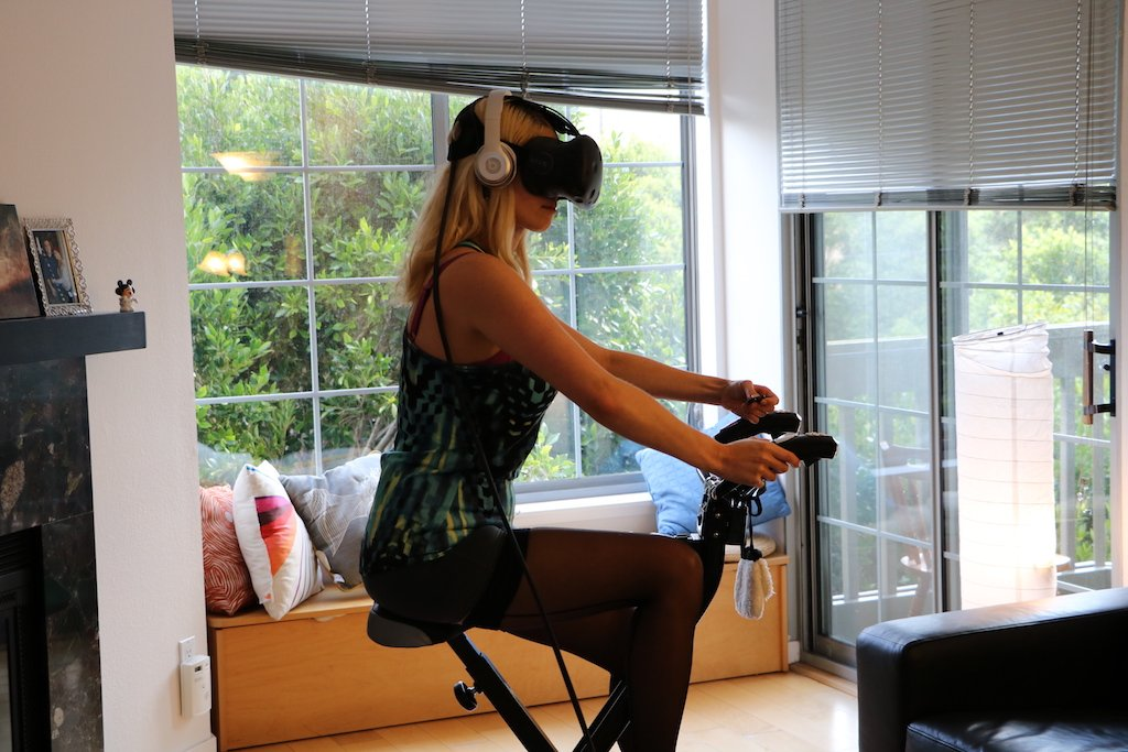 I worked out in virtual reality for a month and this is what happened