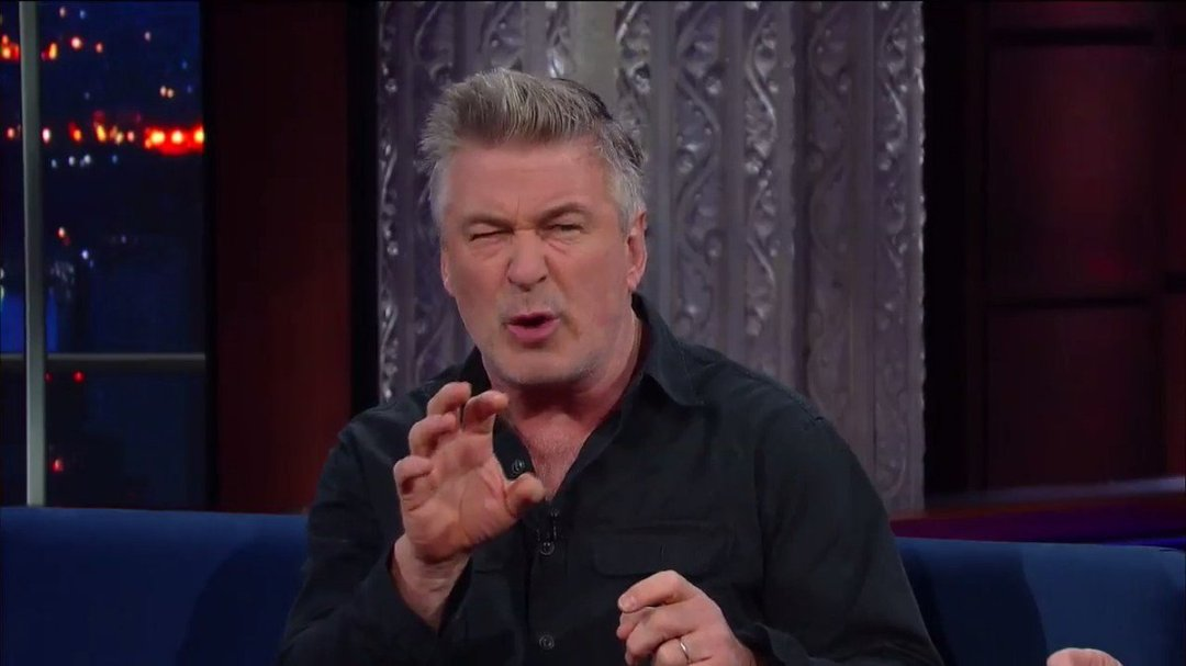 Also tonight! If you can't beat him, become him: @AlecBaldwin reveals his strategy for dealing with President Trump. #LSSC