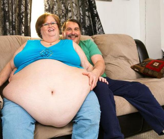 Bellys Gonna Get Ya A Hubby Webcam Model Uses Eight Foot Gut To