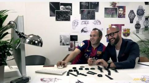 ... diseñados para cada uno de los jugadores del primer equipo del FC  Barcelona. Iniesta reloj del Barça 1751ba91aeb