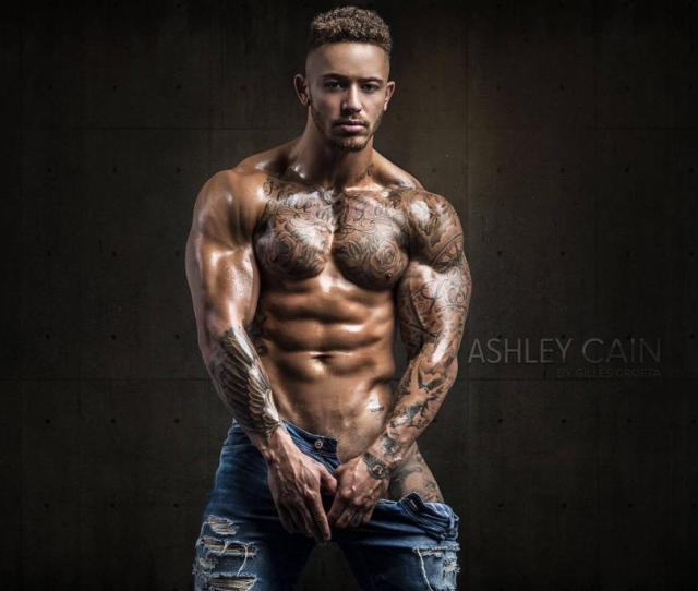 Wow Girls Heres Gorgeous Mrashleycain In Another Hot Shot By Gillescrofta Looking Extra Naughty