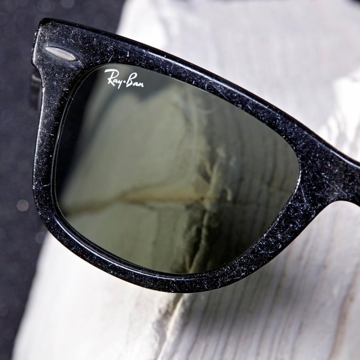 023f7693fc5 The Ray-Ban Aviator and Wayfarer - Distressed Collection