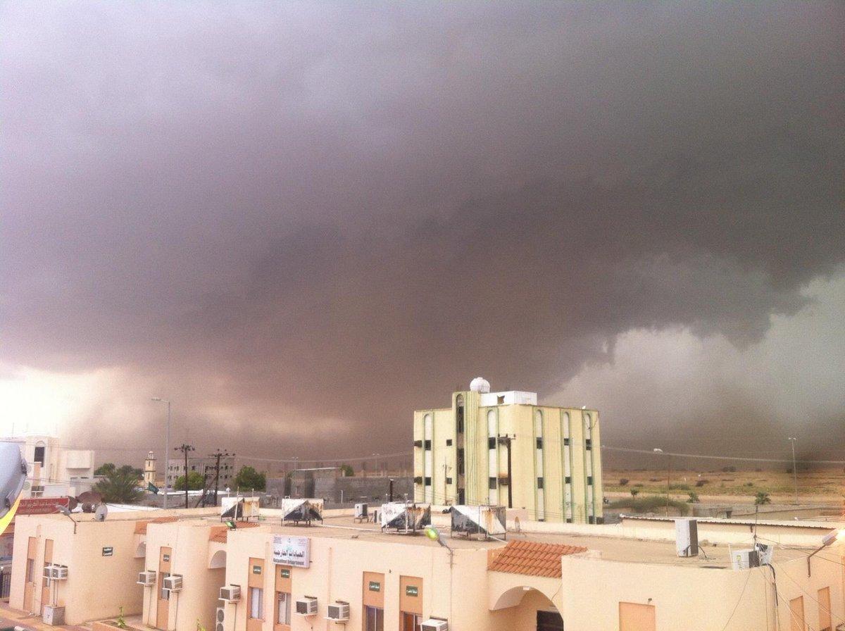 فريق طقس جازان على تويتر الهجنبه الان من جابر حنتول طقس جازان الحد الجنوبي حالة الطقس Http T Co Zwswe2izsl