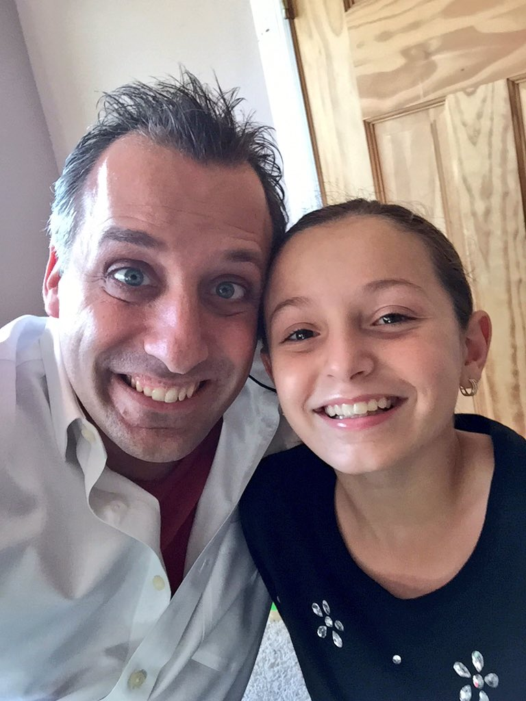 Joe Gatto On Twitter Quot Dovecameron My Niece Loves You And