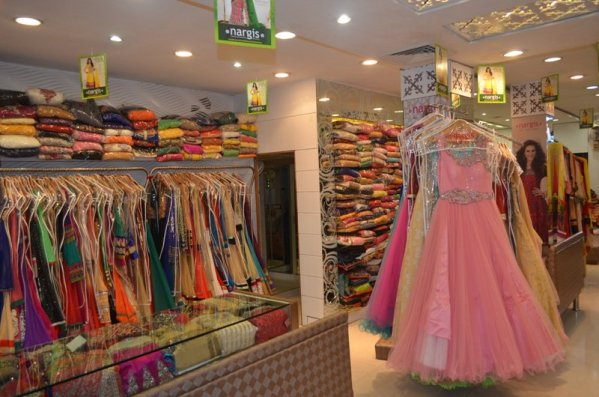 """I Love Fashion on Twitter: """"@nargis Lajpat Nagar, Nargis is one of the most popular store in the Lajpat Nagar. https://t.co/xLj5t08OnR https://t.co/rbCBgwKMhY"""""""