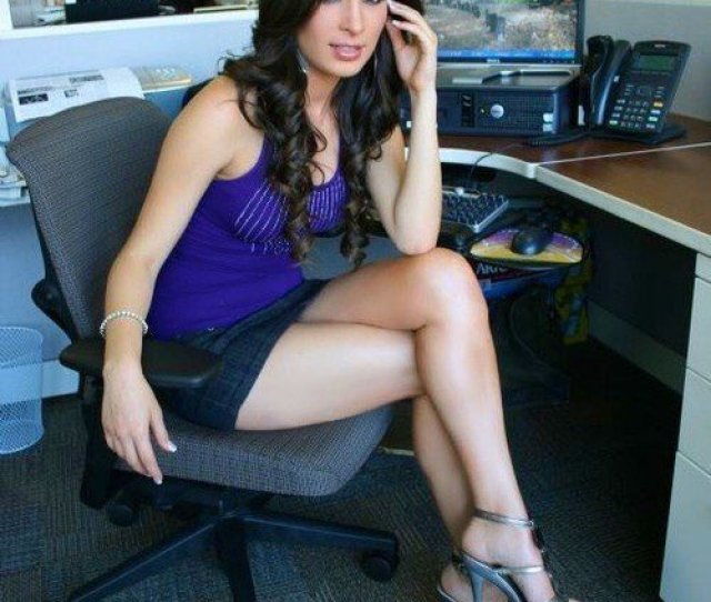 Realofficegirls Legs Heels Fun Sexy Hot Tease Yum Classy Fav Barelegs Strappy Feet Mini Skirt Favpic Twitter Com Mm8jnbyj51