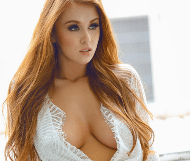 Leanna Decker Just Dropped The Sexiest Video Youll See Today Https