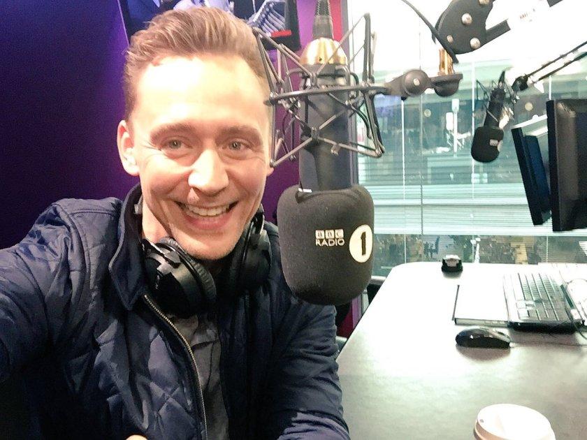 Tom Hiddleston is here! Watch or  listen 👉👉
