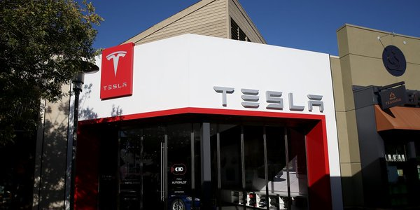 #IG Tesla raises nearly $1.5 billion in fresh capital   via @businessinsider