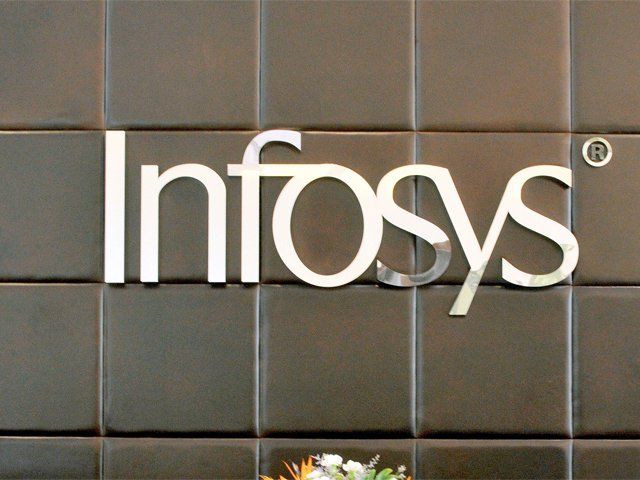 .@Infosys joins artificial intelligence gold rush; hunts for Silicon Valley supercoders