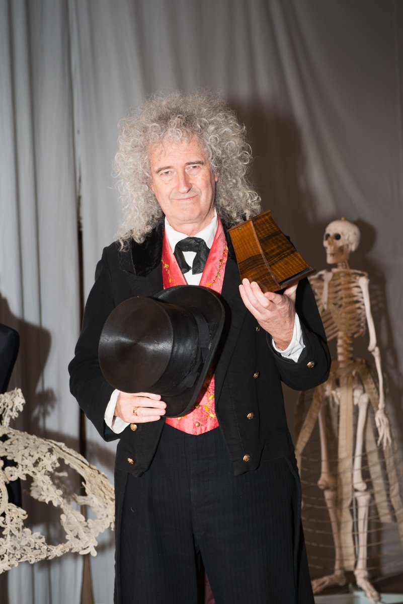 You can now follow @DrBrianMay's wonderful stereo world on #Pinterest    #3D #VirtualReality
