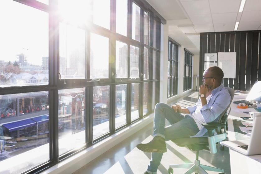Hear this workplace futurist discuss digitization, analytics & artificial intelligence