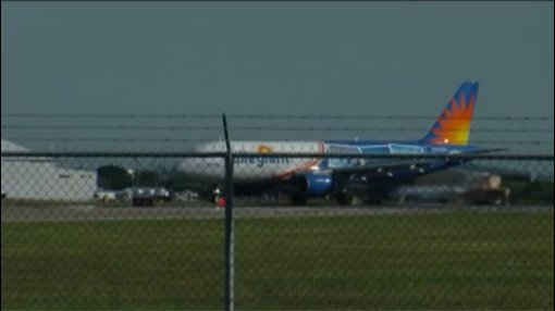 #BREAKING- Allegiant flight makes emergency landing at St. Pete Clearwater Airport.  Live: