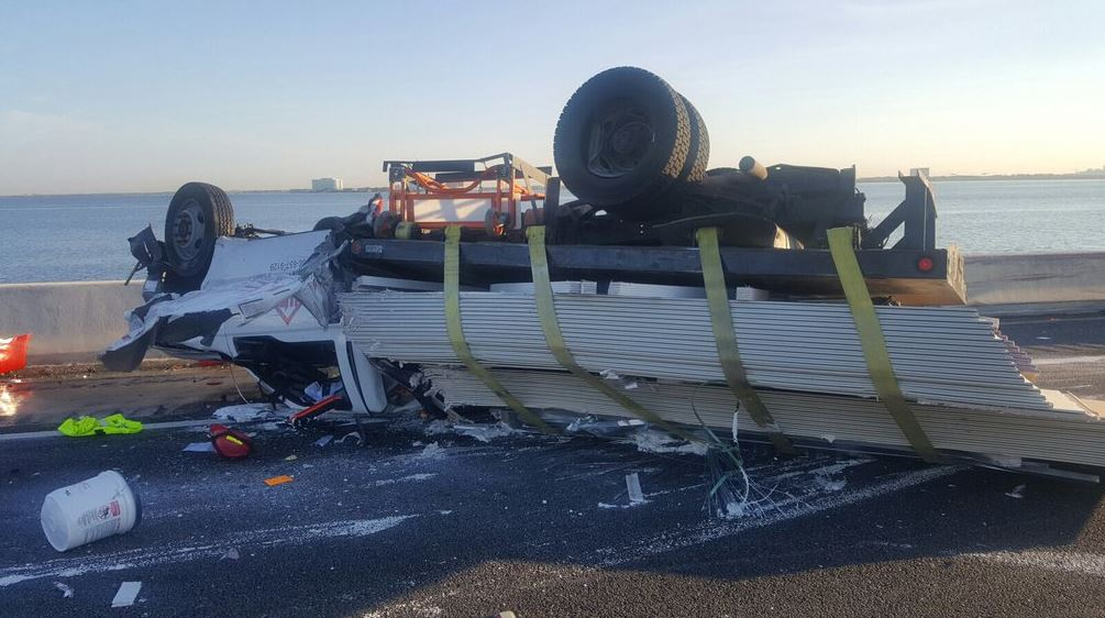 #TRAFFIC SB I-275 still very backed up due to Howard Frankland crash, take alternate route!