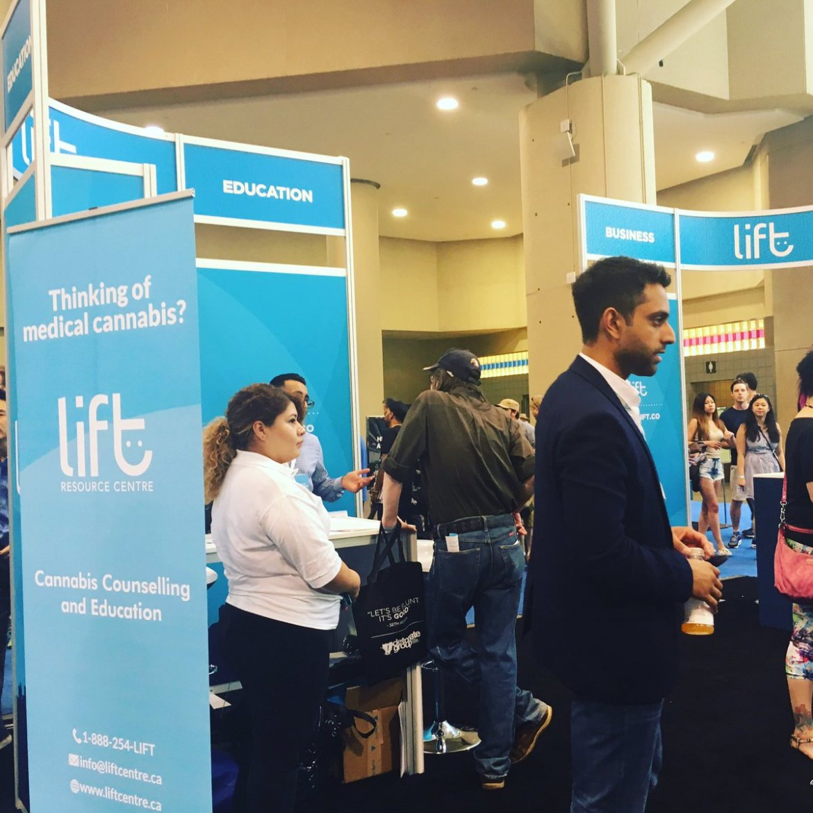 Pot TV will be LIVE again today from the #LiftExpo in #Toronto #LiftCannabis  #cdnpoli