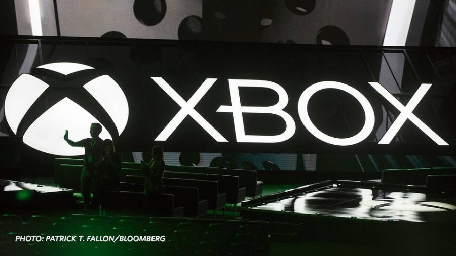 Microsoft unveils new VR gaming console, also planning a slimmer version of the Xbox One