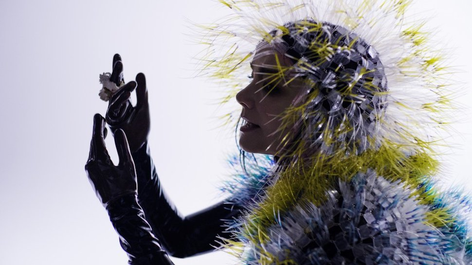 #Bjork brings the world to stunning virtual reality Iceland