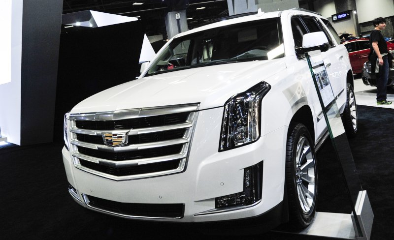 Cadillac will start using virtual reality to sell cars