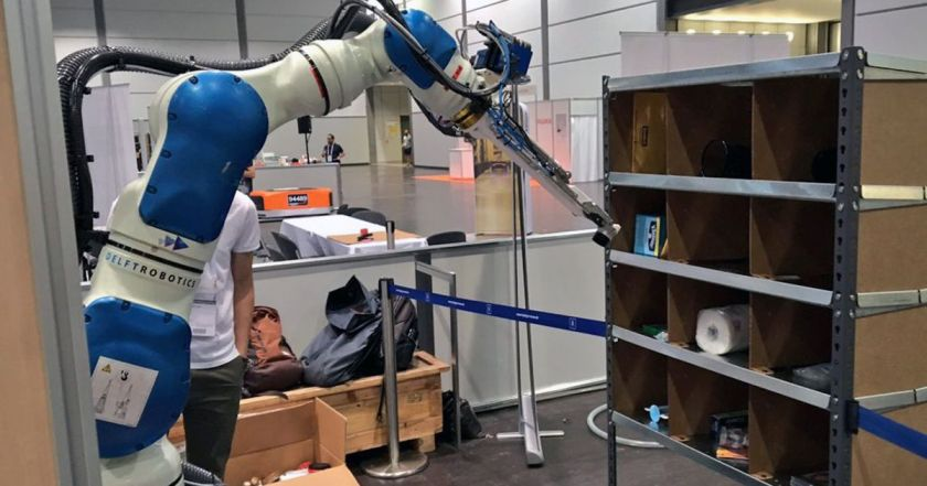 Amazon robot challenge winner counts on deep learning AI