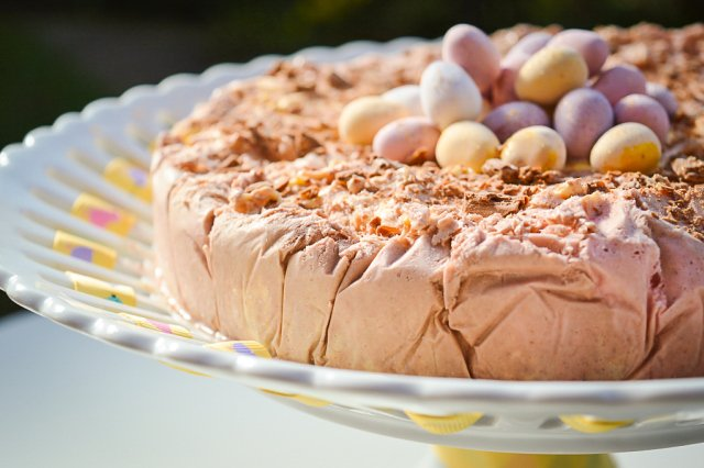 Easter Ice Cream Cake -