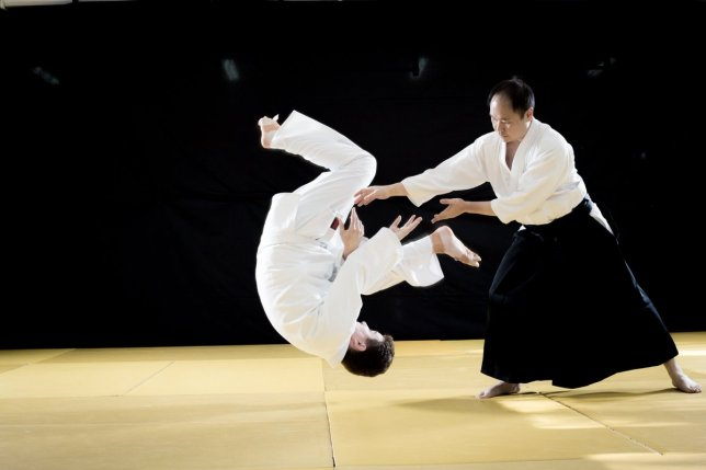"UNSW Aikido on Twitter: ""Get tangled? Juji nage can flip out your ..."