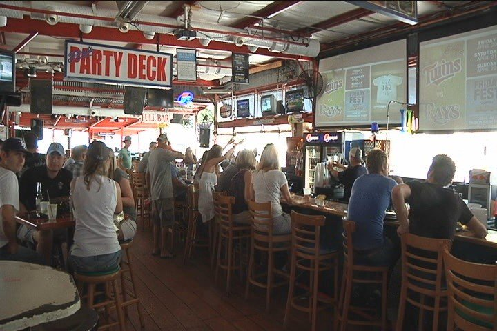 Officials list 42 health violations, temporarily closing Ferg's Sports Bar in St. Pete.