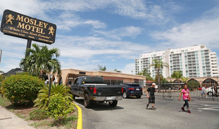 Mosley Motel residents sue new owner looking for more time to find housing: