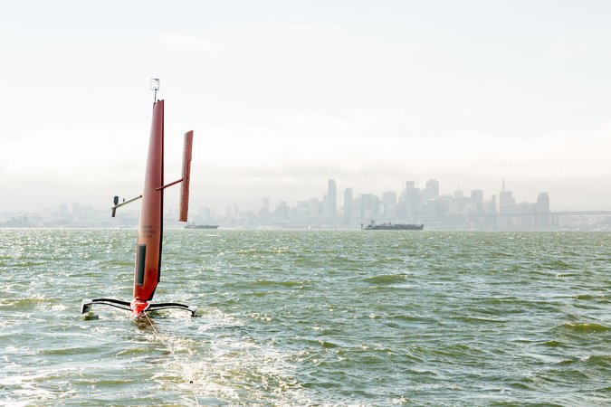 Robot sailboats are cruising the oceans, gathering data by @markoff  #AI #2MA #Robots