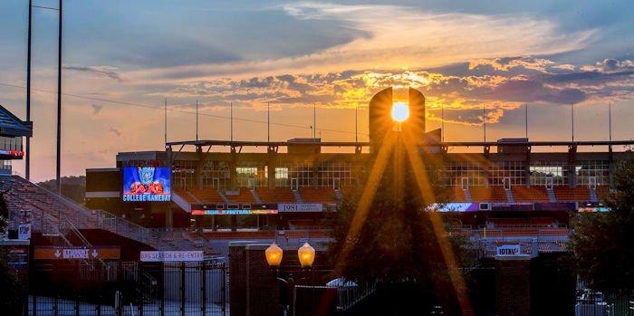 POTD: Beautiful photo of sun setting on #Clemson's Oculus: