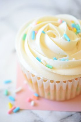 Perfect for birthdays or special days!! HOW TO MAKE //