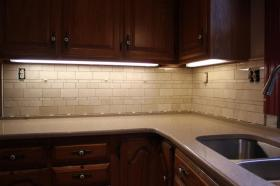 How To Install a Kitchen Tile Backsplash via HomeFixated howto diy