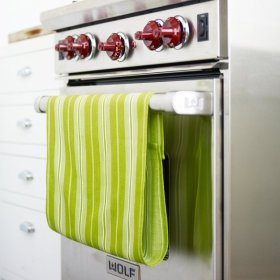 Add Velcro to dish towels so they dont slip off.diy kitchen